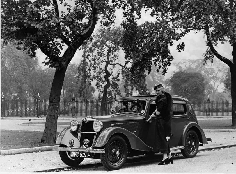 Riley11-2litreFalconSaloon-1937