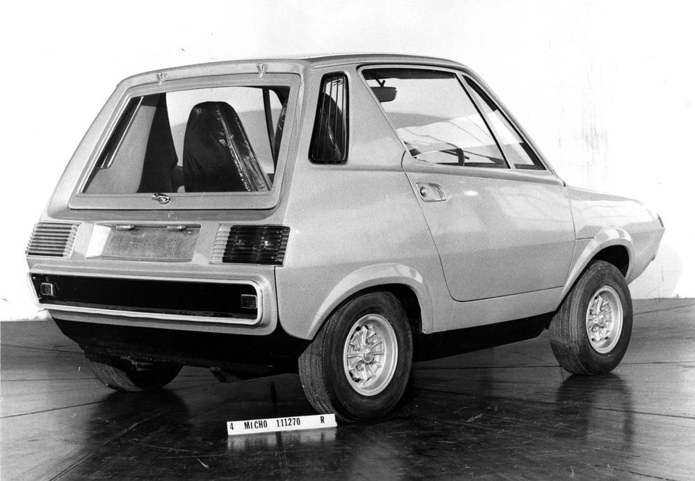 Leyland-crompton-2